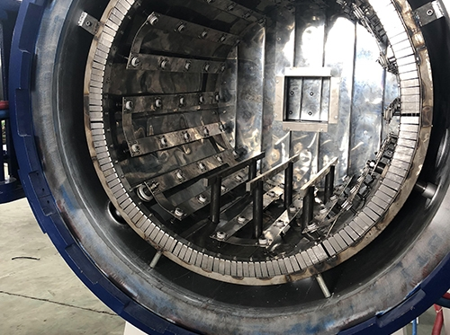 Tempering furnace heating chamber
